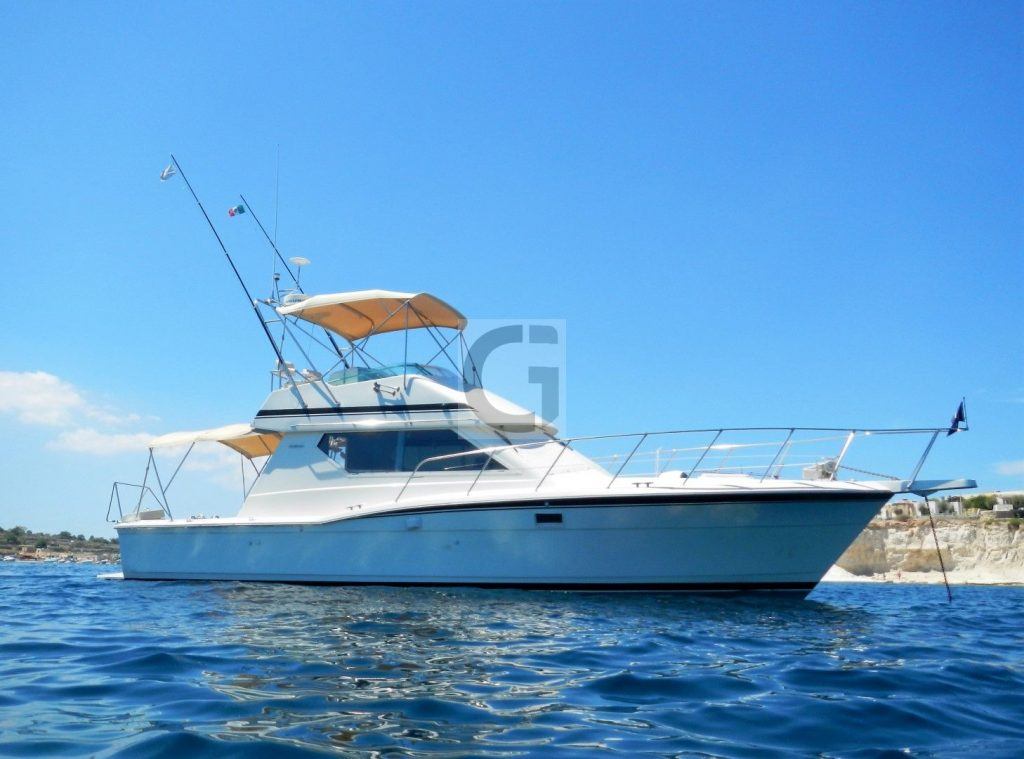 1991-launched Hatteras 38 Convertible 'CAPRICCIO' for sale 001
