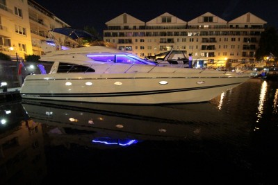 Price Reduction - 1995 Sunseeker Manhattan 54