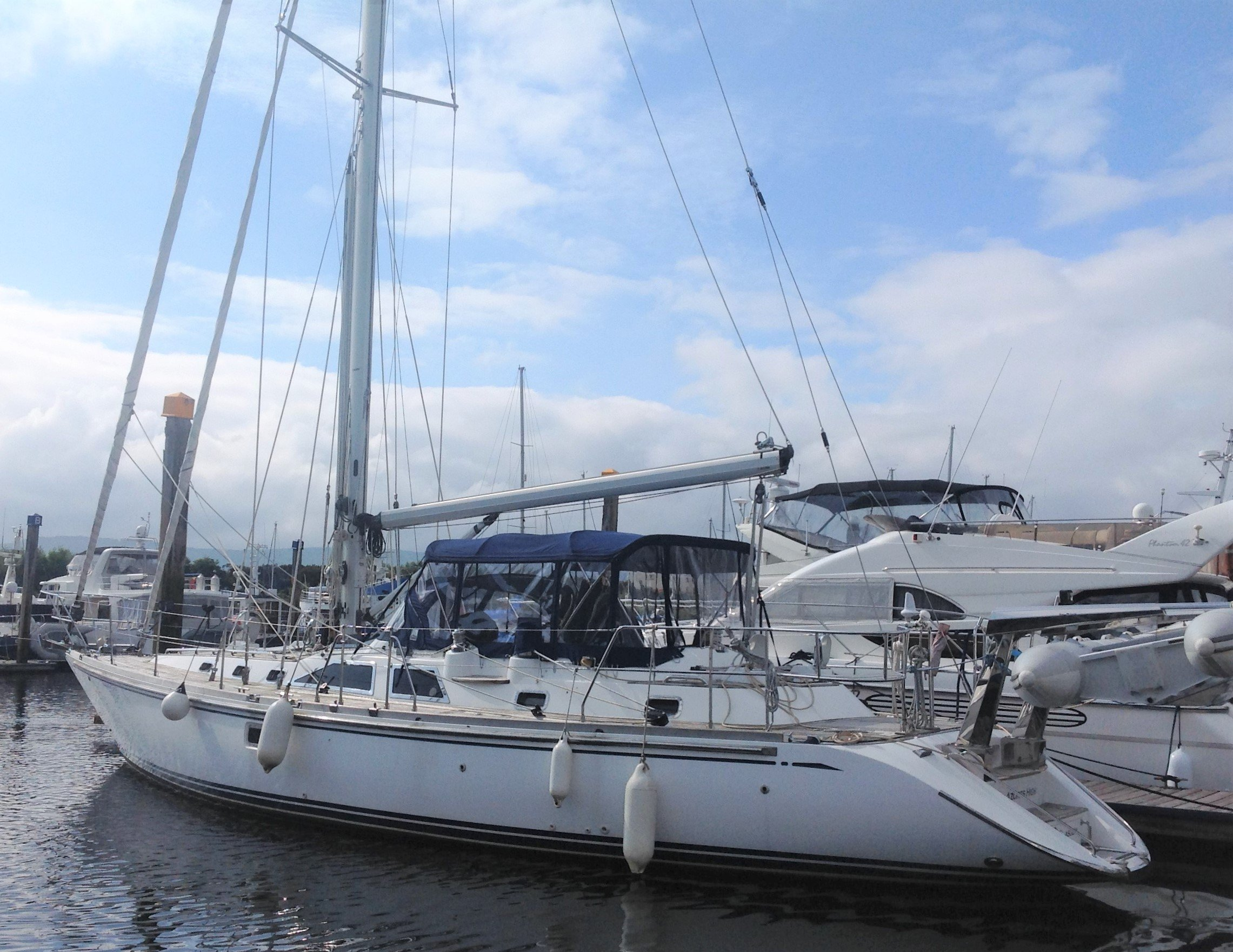 2006 Hylas 49 'AZORES HIGH' for sale 003
