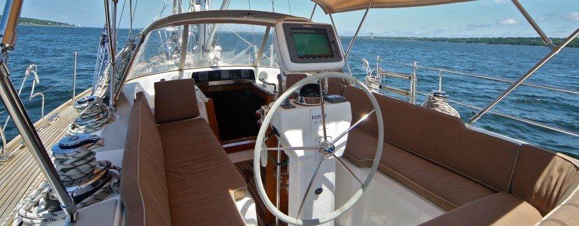 Hylas 49 cockpit
