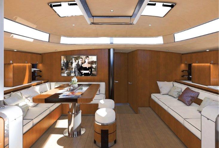Hylas 60 Teak interior