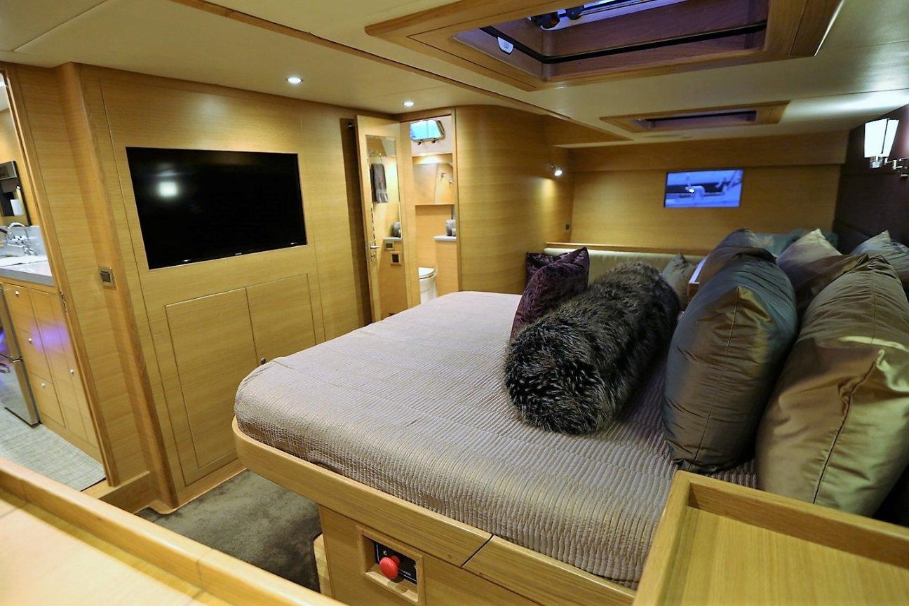 Hylas 63 Aft Cabin