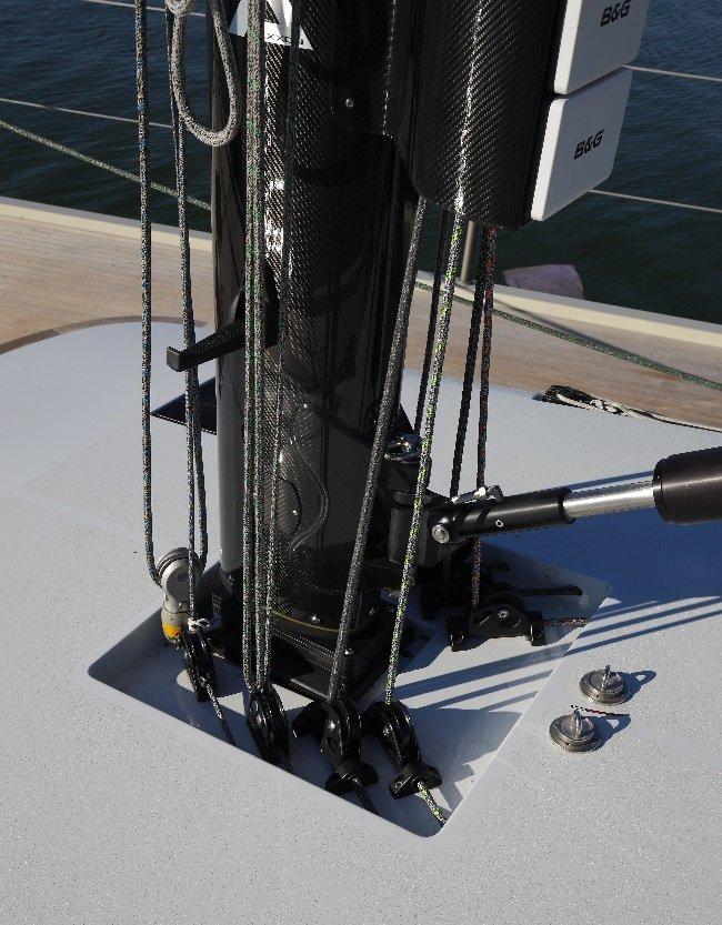 Vismara V50 Mills mast foot