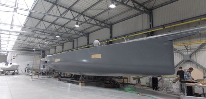 Vismara V62 Mills hull construction