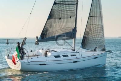 Location Change - 2019 Italia Yachts 10.98